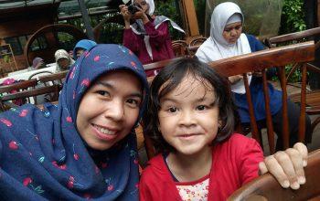 ZooMoo Membuat Anak Belajar Mencintai Dunia Hewan