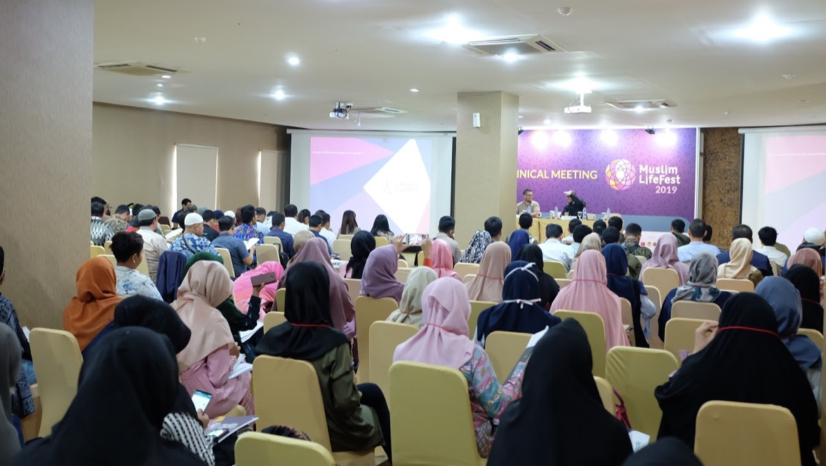 Peserta Indonesia Muslim Lifestyle Festival
