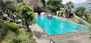 kolam renang hotel seruni puncak